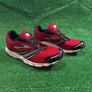 Brooks T6 Running Shoes Sz 11.5